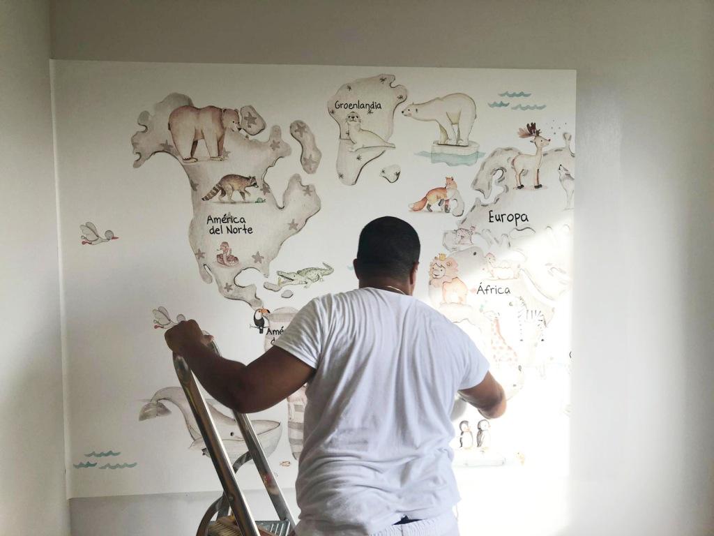 Instalador Murales infantiles mapamundi - Empapelador Barcelona